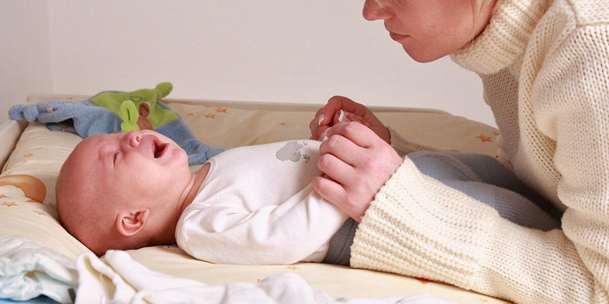 Что делать, если у ребенка болит живот? - Активная