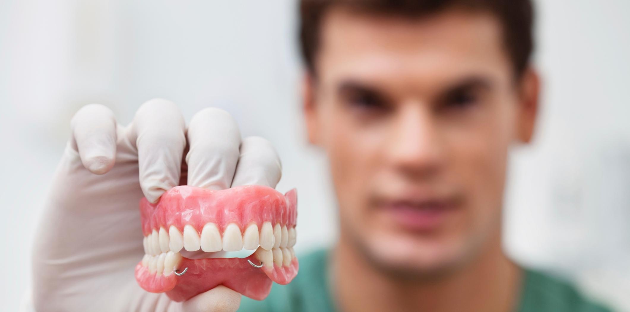 Кривые зубы у детей и взрослых: причины, способы лечения, влияние на челюсть