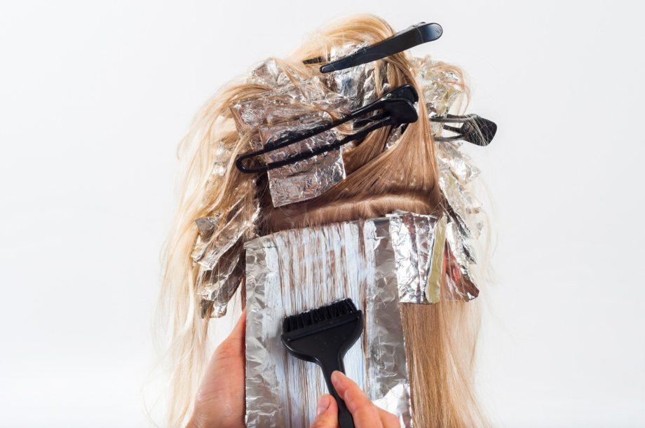 вредно ли красить волосы
